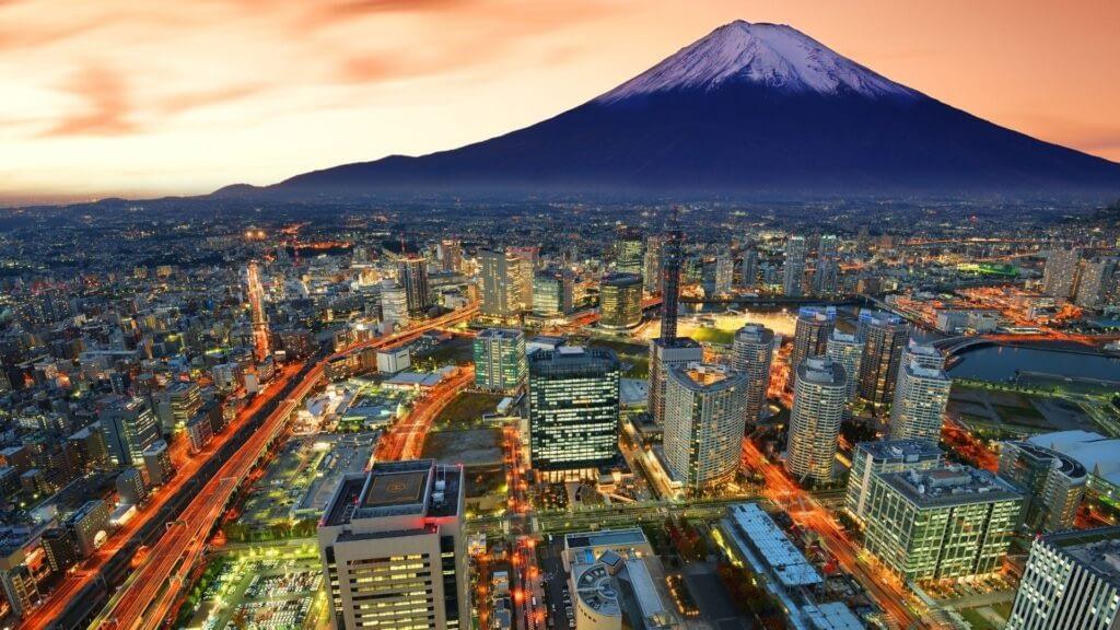 Yokohama and mount fuji